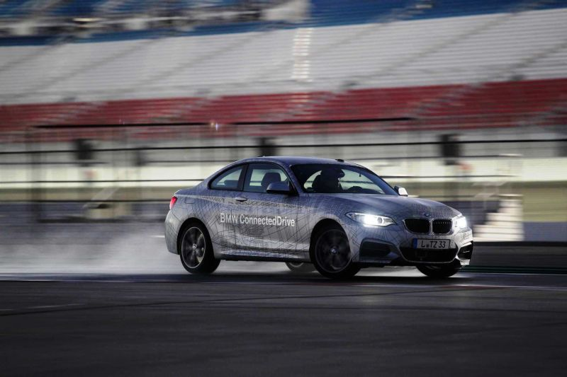 Car-Revs-Daily BMW ConnectedDrive Drift-O-Matic 41