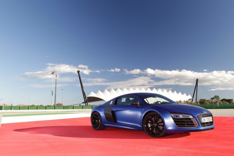 Car-Revs-Daily.com 2014 AUDI R8 V10 Plus in Sepang Matte Metallic Blue 49