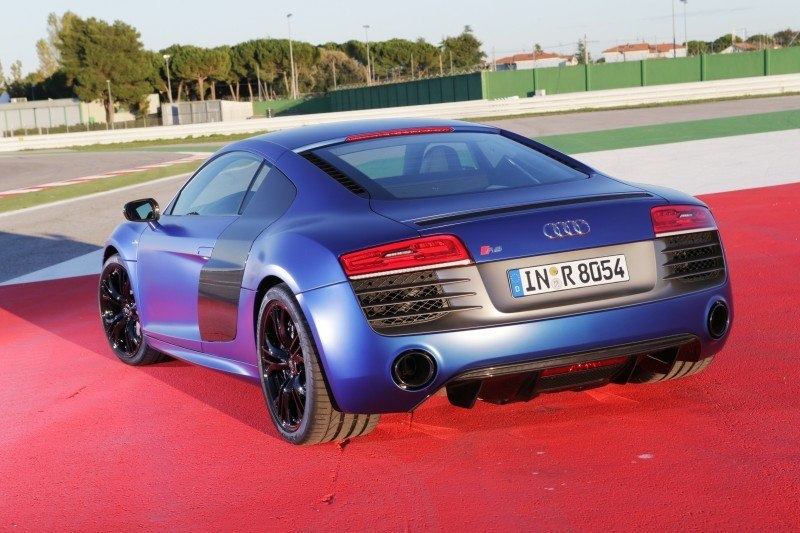 Car-Revs-Daily.com 2014 AUDI R8 V10 Plus in Sepang Matte Metallic Blue 62