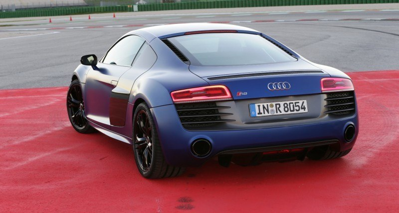 Car-Revs-Daily.com 2014 AUDI R8 V10 Plus in Sepang Matte Metallic Blue 72