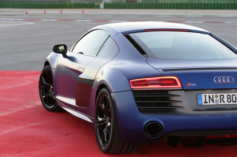 Car-Revs-Daily.com 2014 AUDI R8 V10 Plus in Sepang Matte Metallic Blue 73