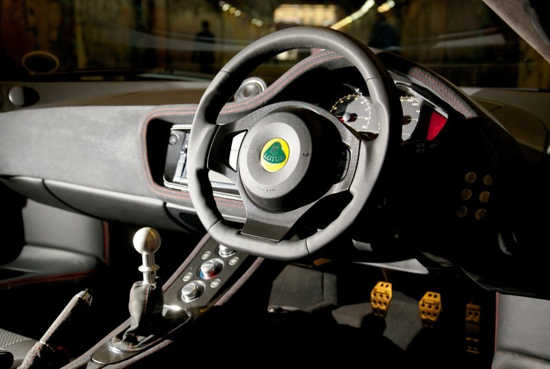 Car-Revs-Daily.com 2014 LOTUS Evora and Evora S - USA Buyers Guide - Specs, Colors and Options 79