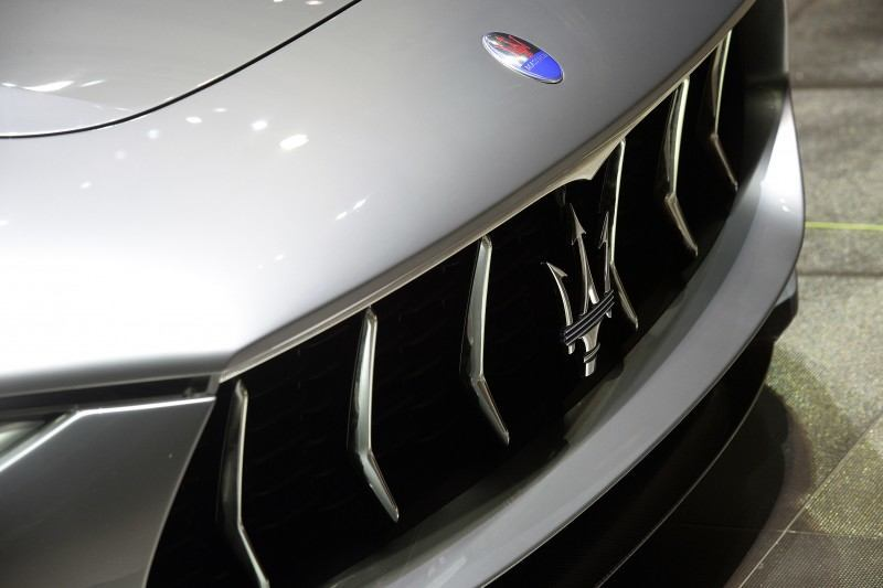 Car-Revs-Daily.com 2014 Maserati Alfieri Concept - Close-up, High-Res Details in 82 New Photos 20