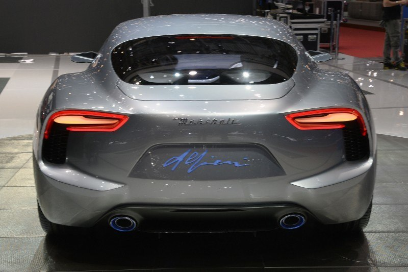 Car-Revs-Daily.com 2014 Maserati Alfieri Concept - Close-up, High-Res Details in 82 New Photos 48