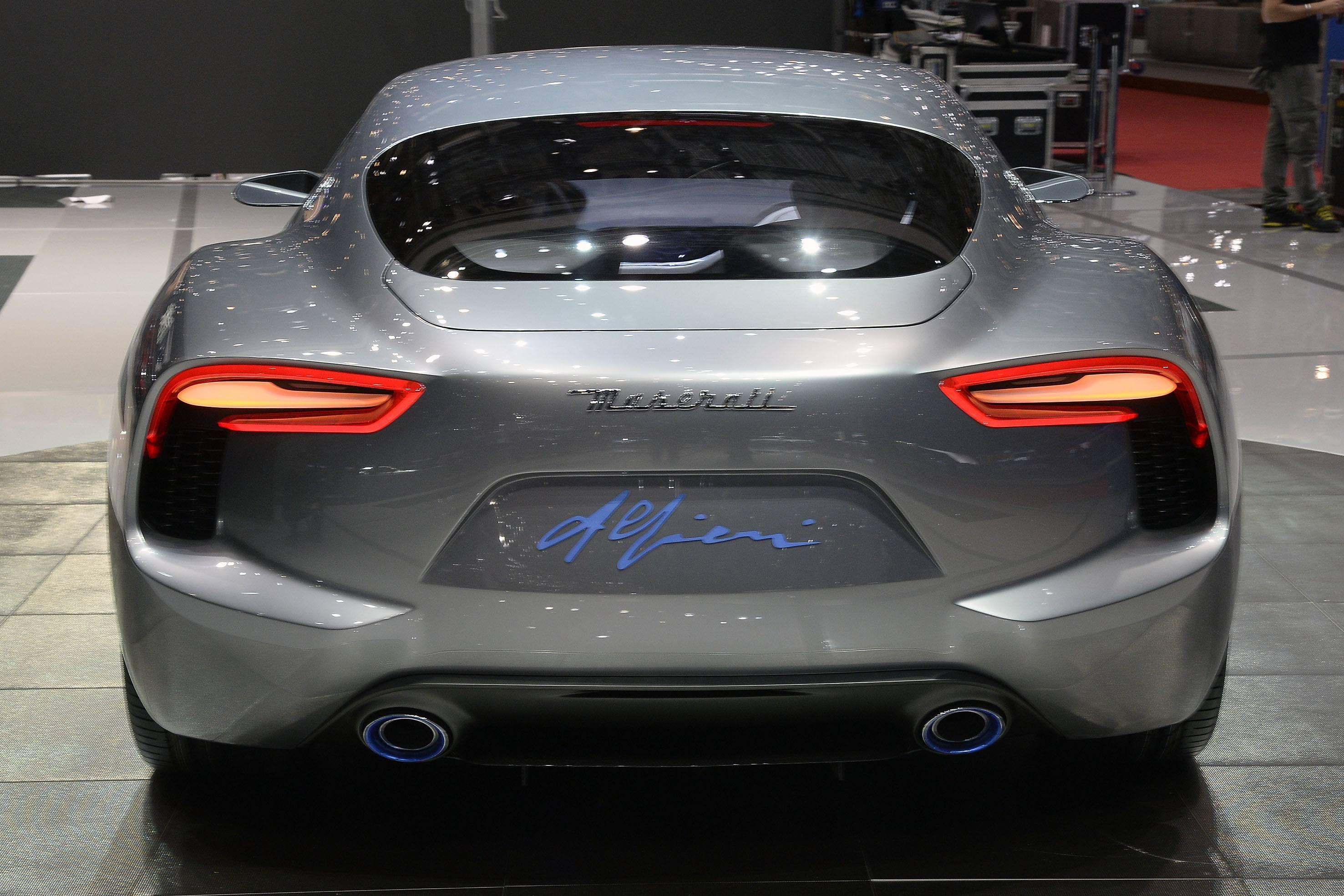 http://www.car-revs-daily.com/wp-content/uploads/Car-Revs-Daily.com-2014-Maserati-Alfieri-Concept-Close-up-High-Res-Details-in-82-New-Photos-48.jpg