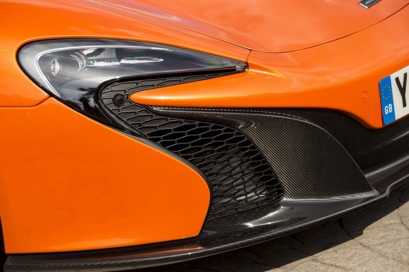 Car-Revs-Daily.com 2014 McLaren 650S Coupe and Spider Launch Ascari Circuit 135