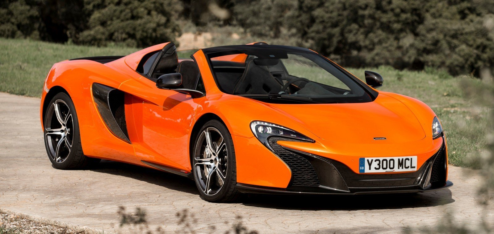 2014 mclaren 650s spider buyers guide color visualizer and build out in mantis green. Black Bedroom Furniture Sets. Home Design Ideas