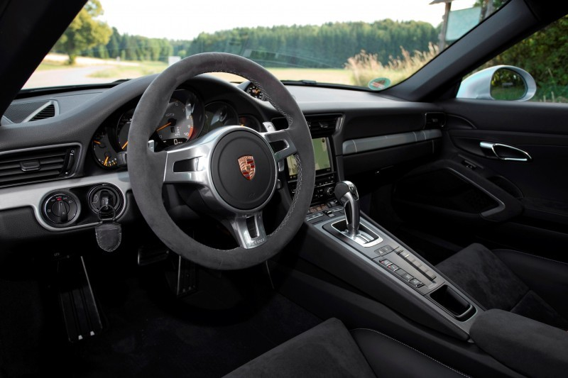 Car-Revs-Daily.com 2014 Porsche 911 GT3 is Race-Ready Street Car 2