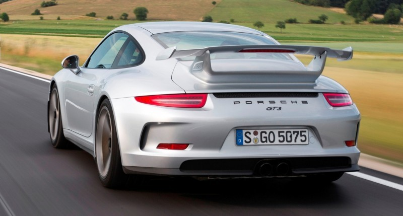 Car-Revs-Daily.com 2014 Porsche 911 GT3 is Race-Ready Street Car 7