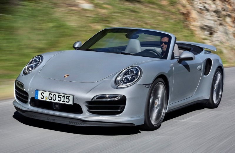 Car-Revs-Daily.com 2015 911 Turbo and Turbo S Cabrio 35