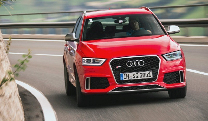 Car-Revs-Daily.com 2015 Audi RS Q3 10