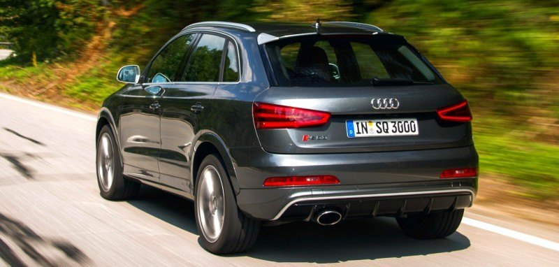 Car-Revs-Daily.com 2015 Audi RS Q3 12