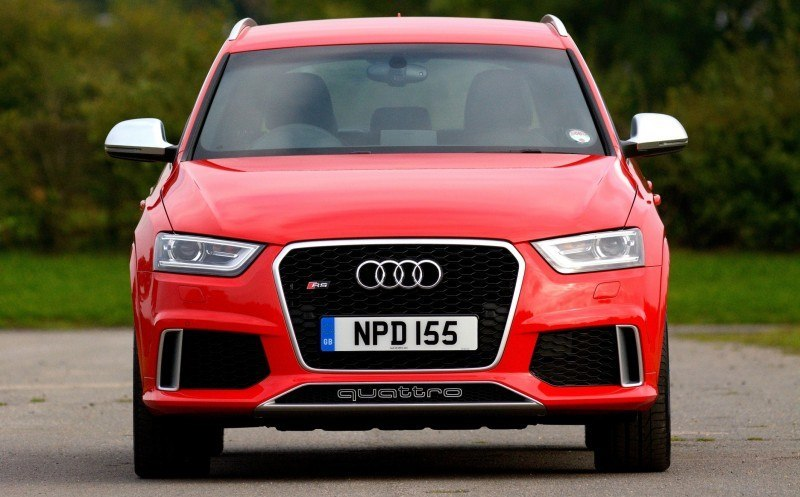 Car-Revs-Daily.com 2015 Audi RS Q3 18