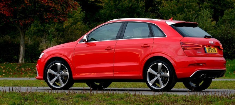 Car-Revs-Daily.com 2015 Audi RS Q3 19
