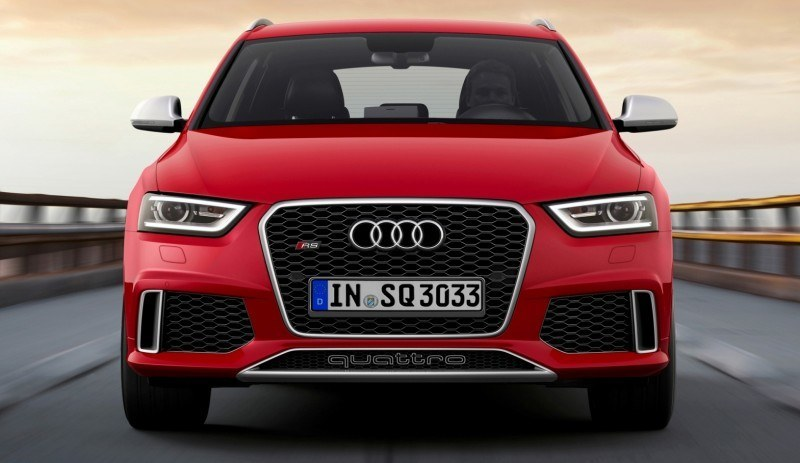 Car-Revs-Daily.com 2015 Audi RS Q3 2
