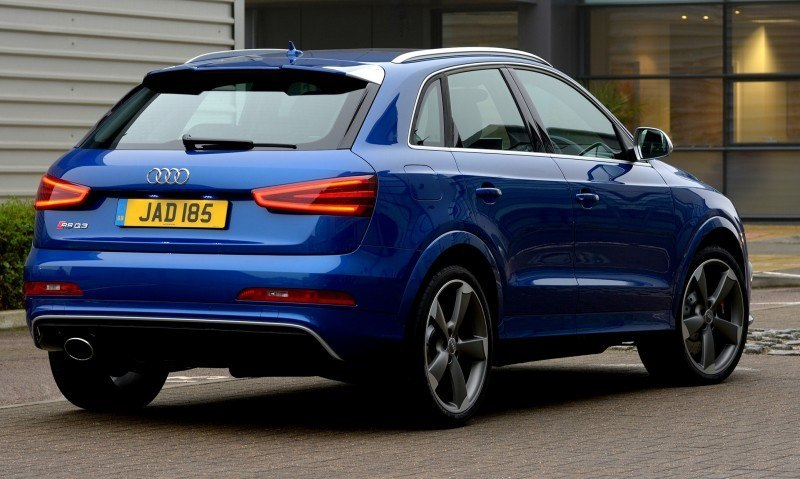 Car-Revs-Daily.com 2015 Audi RS Q3 22