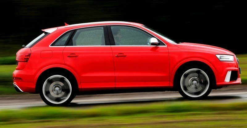 Car-Revs-Daily.com 2015 Audi RS Q3 25