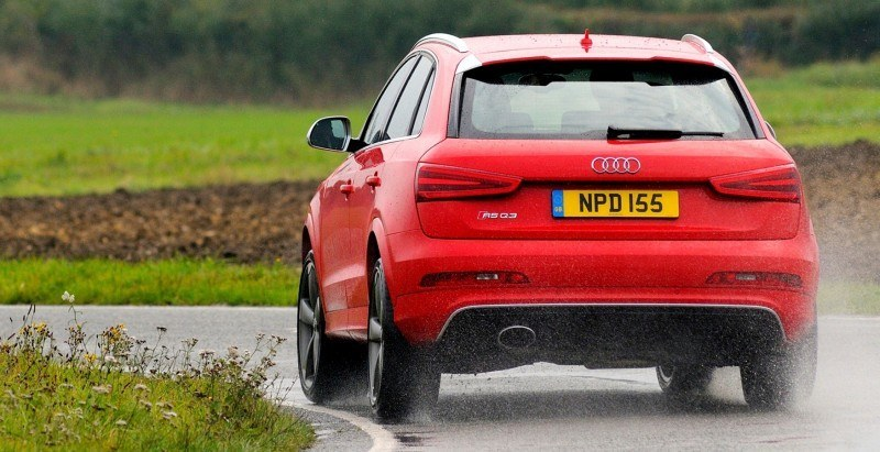 Car-Revs-Daily.com 2015 Audi RS Q3 32