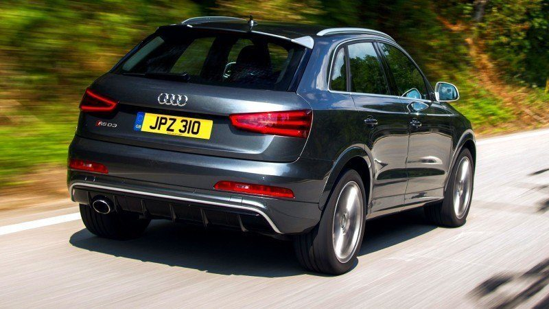Car-Revs-Daily.com 2015 Audi RS Q3 65