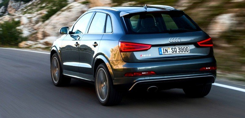 Car-Revs-Daily.com 2015 Audi RS Q3 8