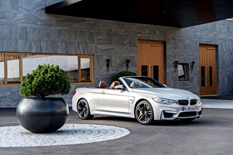 Car-Revs-Daily.com 2015 BMW M4 Convertible 42