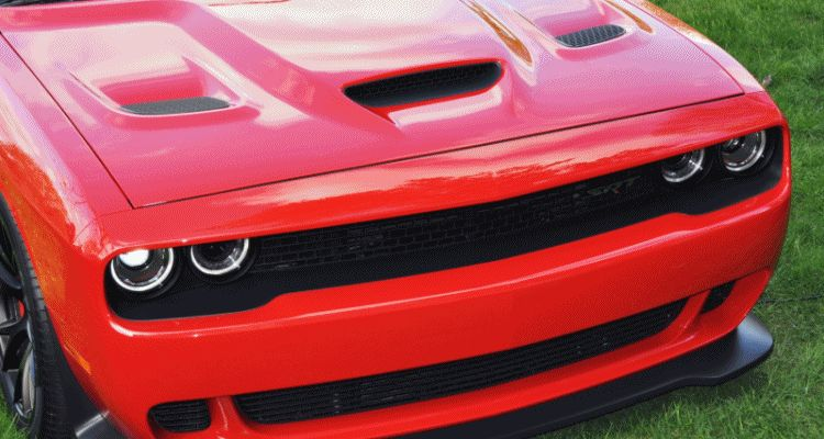 Car-Revs-Daily.com - 2015 Dodge Challenger SRT Hellcat Debut GIF 2