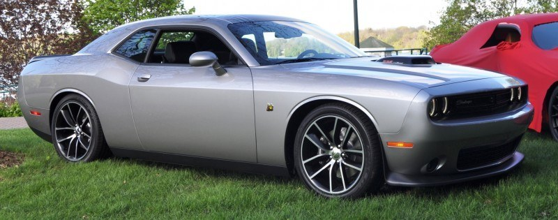 Car-Revs-Daily.com - 2015 Dodge Challenger SRT Hellcat Debut Photos and Video 7