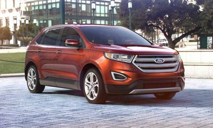 Car-Revs-Daily.com 2015 Ford Edge - BRONZE 32