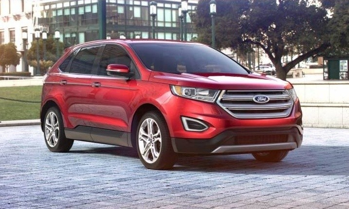 CarRevsDailycom 2015 Ford Edge  RUBY RED 32