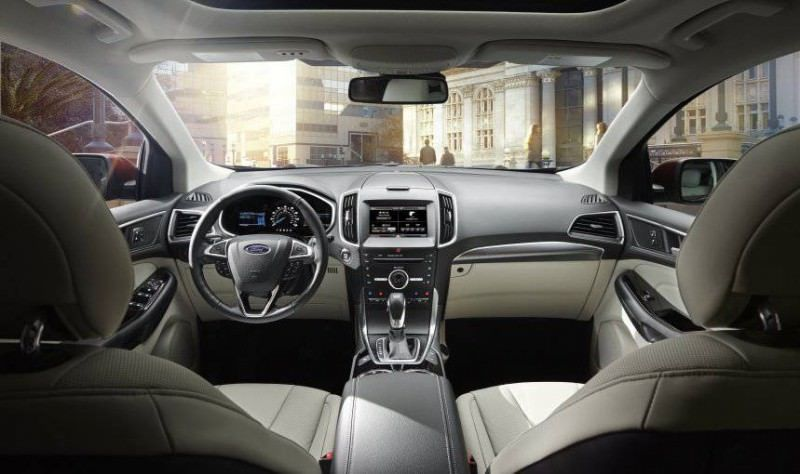 Car-Revs-Daily.com 2015 Ford Edge Sport and Titanium INTERIOR 25