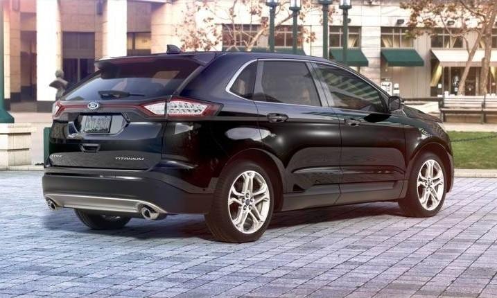 Car-Revs-Daily.com 2015 Ford Edge - Tuxedo Black 20