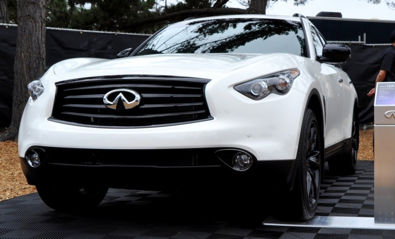 Car-Revs-Daily.com 2015 INFINITI QX70S 13