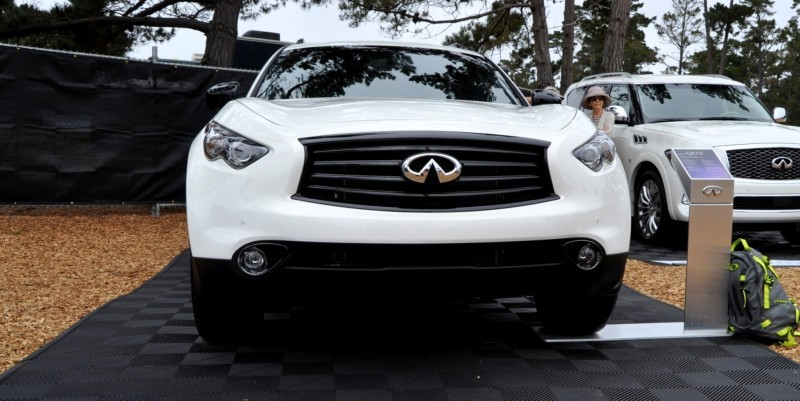 Car-Revs-Daily.com 2015 INFINITI QX70S 18