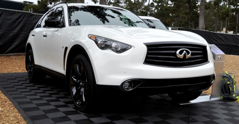 Car-Revs-Daily.com 2015 INFINITI QX70S 22