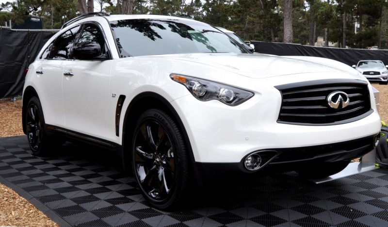 Car-Revs-Daily.com 2015 INFINITI QX70S 23