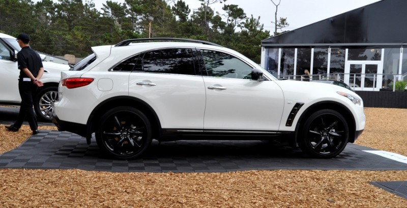 Car-Revs-Daily.com 2015 INFINITI QX70S 27