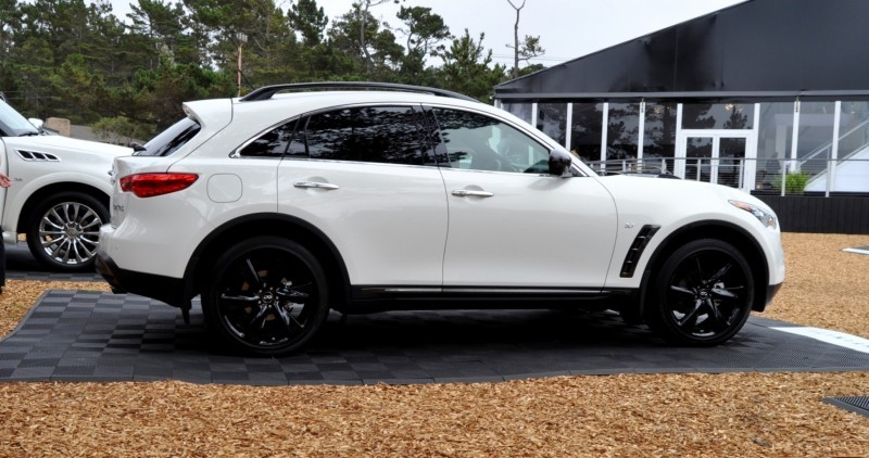 Car-Revs-Daily.com 2015 INFINITI QX70S 28