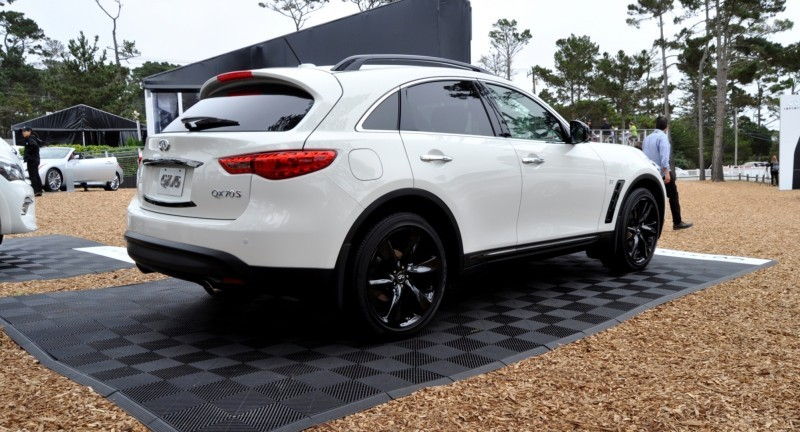 Car-Revs-Daily.com 2015 INFINITI QX70S 32