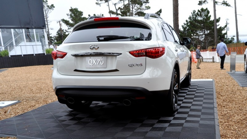 Car-Revs-Daily.com 2015 INFINITI QX70S 35