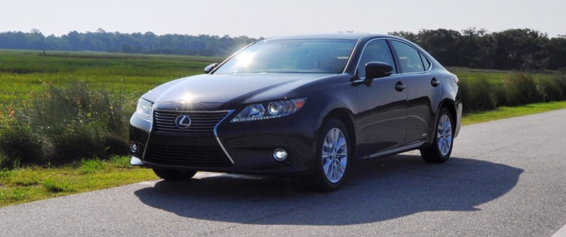 Car-Revs-Daily.com 2015 Lexus ES300h Review 27