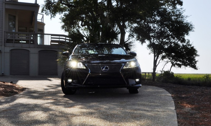 Car-Revs-Daily.com 2015 Lexus ES300h Review 35