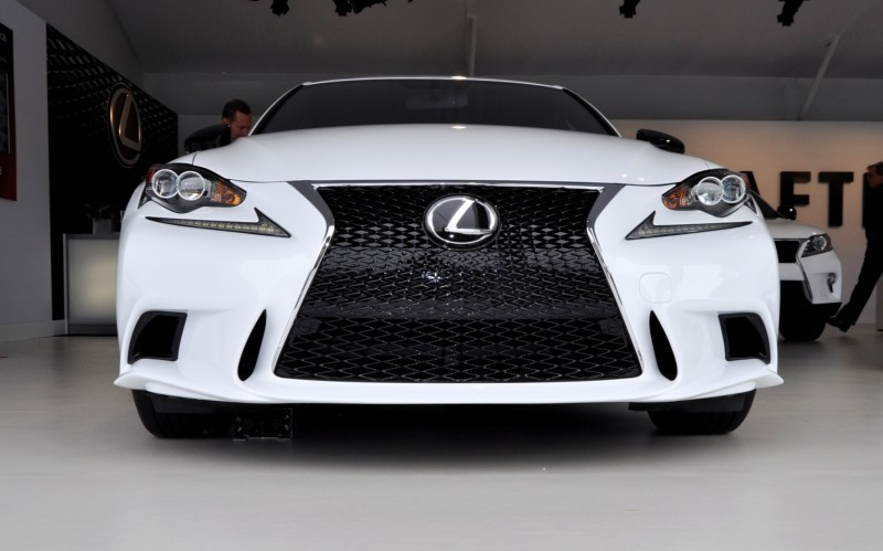 Car-Revs-Daily.com 2015 Lexus IS250 F Sport CRAFTED LINE 4