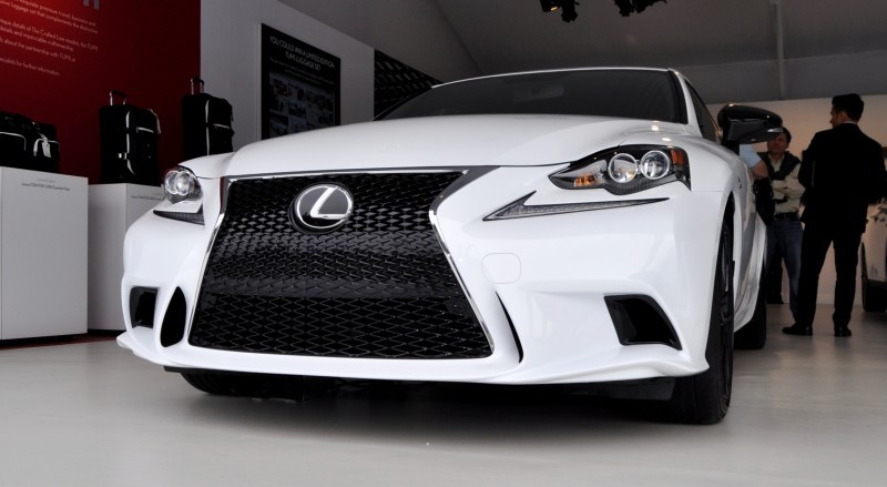 Car-Revs-Daily.com 2015 Lexus IS250 F Sport CRAFTED LINE 5