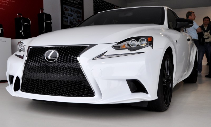 Car-Revs-Daily.com 2015 Lexus IS250 F Sport CRAFTED LINE 7