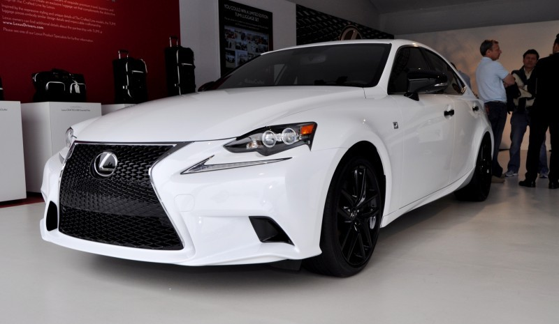 Car-Revs-Daily.com 2015 Lexus IS250 F Sport CRAFTED LINE 9