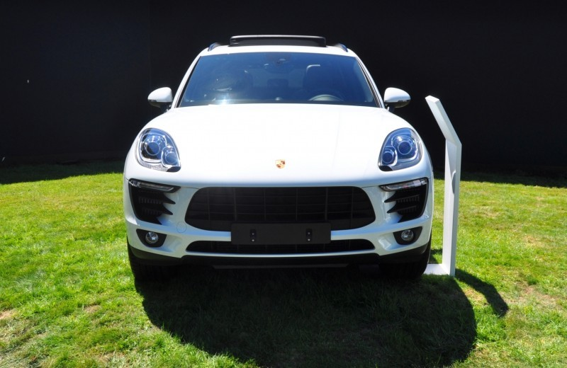 Car-Revs-Daily.com 2015 Porsche Macan S 28