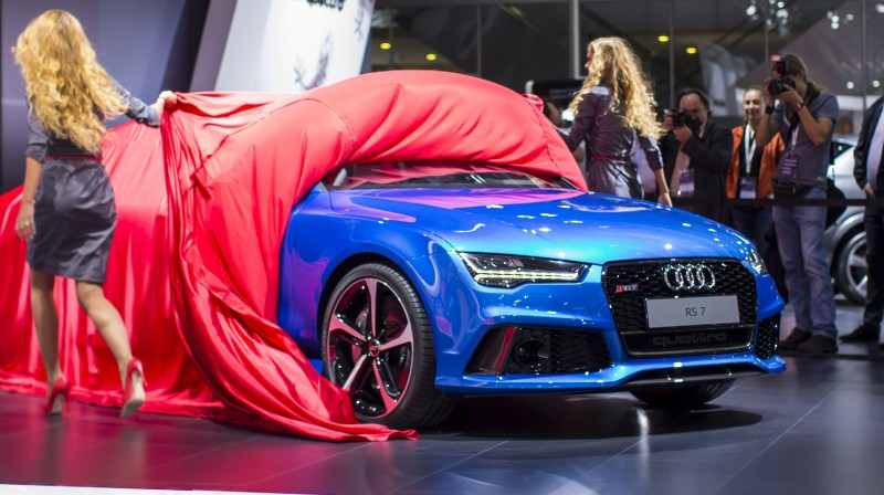 Car-Revs-Daily.com 2016 Audi RS7 17