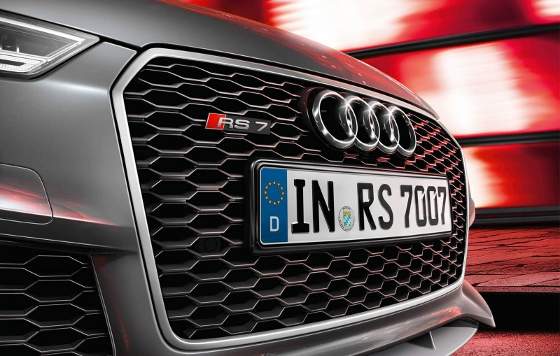 Car-Revs-Daily.com 2016 Audi RS7 2