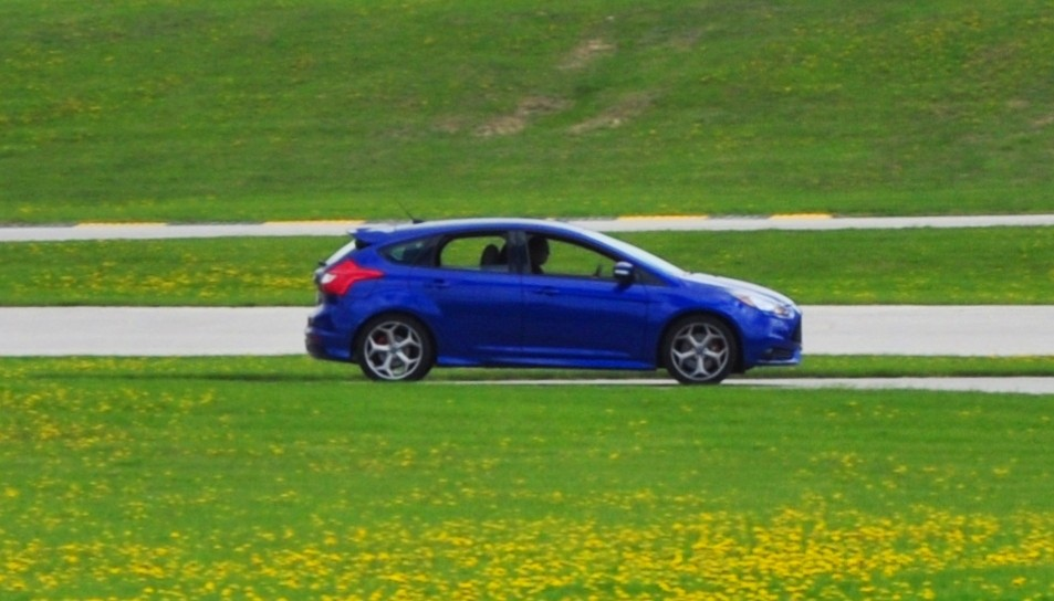 2014 Ford Focus St Is Most Ferocious Car On Autocross