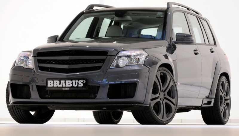 Car-Revs-Daily.com BRABUS GLK V12 1